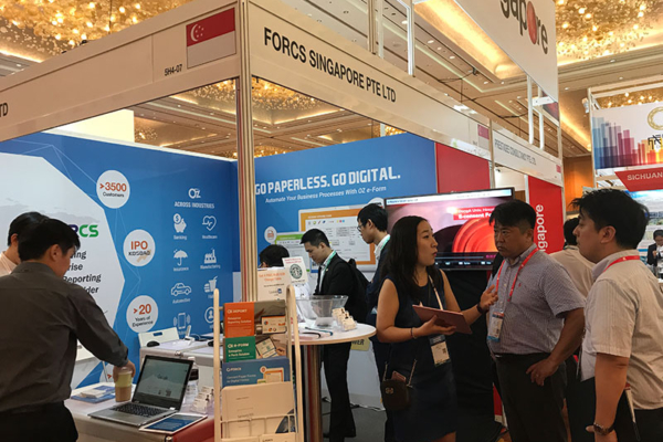 Visitors at FORCS booth, CommunicAsia 2017