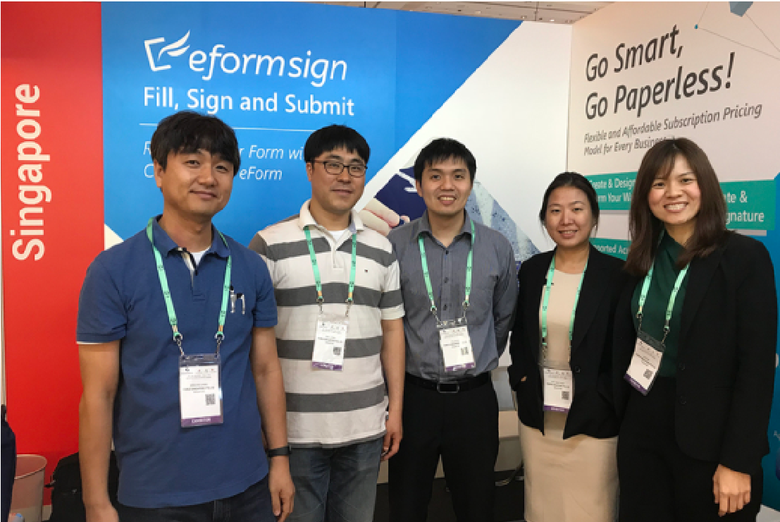 Group photo of FORCS team at ConnecTechAsia 2018