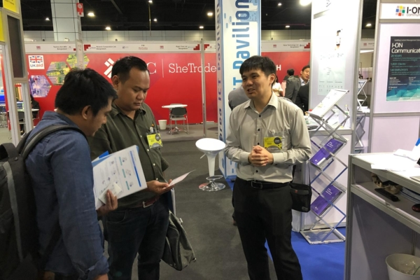 Visitors at FORCS booth, CEBIT ASEAN Thailand 2018